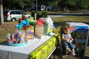 Gift Table - He is loved!