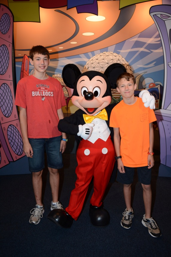 PhotoPass_Visiting_EPCOT_7049042965