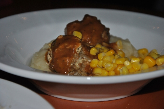Kids Meatballs (with gravy), mashed potatoes, and corn