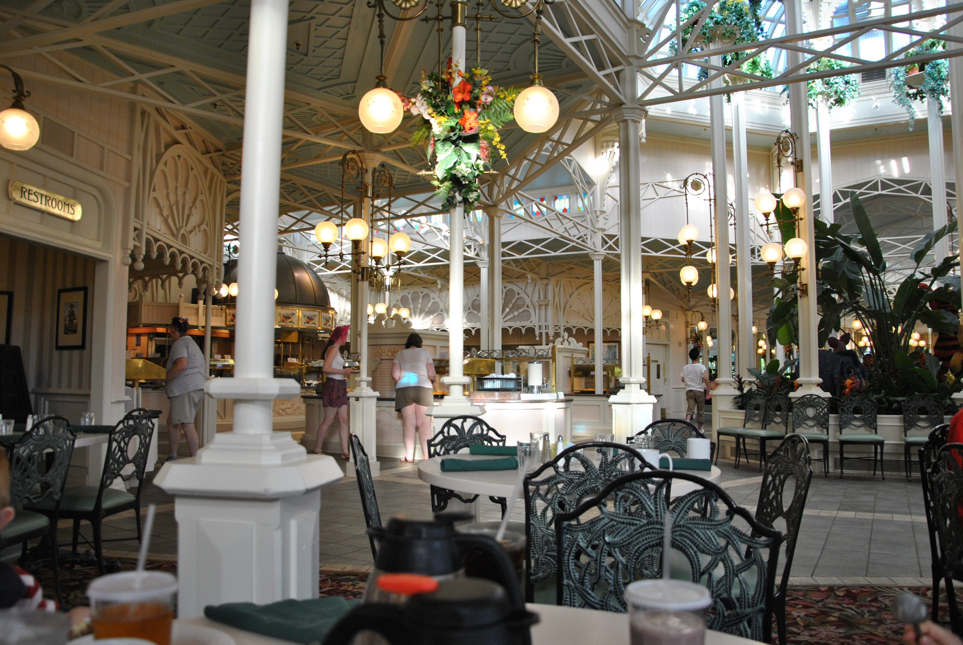 C4 On The Go >> Walt Disney World Restaurant Review – The Crystal Palace ...