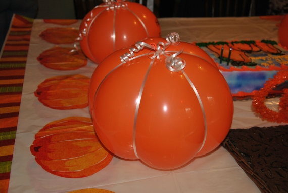 "Queen made ""Balloon Pumpkins"" - a hidden talent she has!"